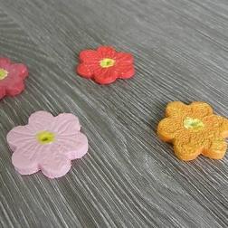 dekoračné kvietočky - keramické