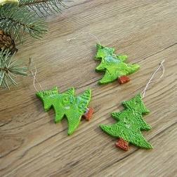 vianočná ozdoba - stromček