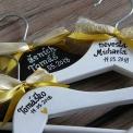 sada svadobných vešiakov s menami
