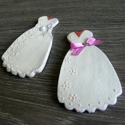 darček, menovka - svadobné šaty