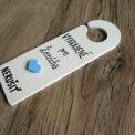 záves na kľučku - vyhradené pre ženícha