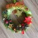 vianočný veniec na dvere - hviezdička
